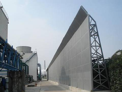 Noise barriers are installed in the factory.
